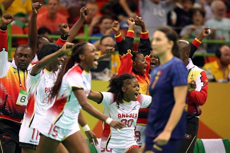 Handbal meci Romania - Angola