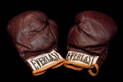 Pugilistul rus Dimitri Bivol şi-a păstrat titlul mondial la categoria semigrea, versiunea WBA