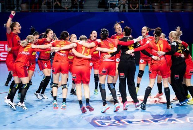 FABULOS România s-a calificat în grupa a doua principală, la Europenele de handbal feminin