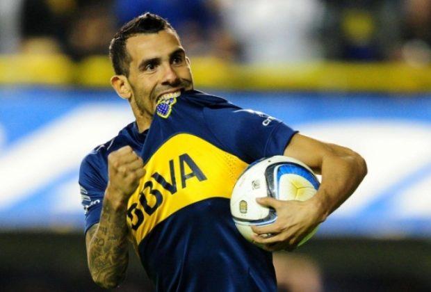 Fanii echipei Boca Juniors au făcut spectacol în faţa hotelului din Madrid în care este cazată formaţia favorită