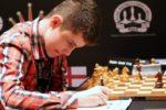 Un român devine marea speranță a șahului mondial
