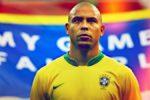 Fostul sportiv Ronaldo le atrage atenția fotbaliștilor actuali: 'Sunt disperaţi să-şi cumpere cele mai noi şi mai scumpe maşini'