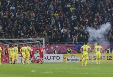 UEFA anunță SUSPENDAREA terenului pentru Națională, dar și o AMENDĂ uriașă pentru FRF, după actele huliganice de la meciurile cu Spania și Malta
