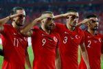 Războiul din Siria bubuie în fotbal: gest controversat al jucătorilor naționalei Turciei, chiar la Paris/ VIDEO